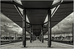 :::HAMM STATION 1/2::: (rolle@bassfire) Tags: city blackandwhite bw station train 35mm landscape blackwhite nokton voigtlnder 3514