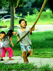 Playtime (Cherry DV Agoyaoy) Tags: street city up canon scott photography photo university walk philippines powershot diliman quezon kelby sx50hs wwpw2015 shootshareinspire
