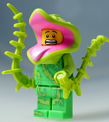 Plant monster minifig (aktuaroslo) Tags: lego minifigure series14 collectableminifigures