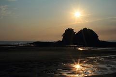 the two sun (HDH.Lucas) Tags: sunset sea sun beach nature lucas cannon