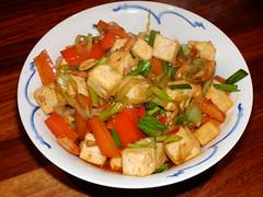 Gong Bao Dou Fu (La belle dame sans souci) Tags: chinesefood tofu stirfry redpeppers kungpao roastedpeanuts doufu kungpo redchillies kungpaotofu gongbao gongbaodoufu