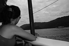 ilha grande p&B (DouglasFroog) Tags: cidade blackwhite paisagem nuvens ilhagrande ceu pretoebranco peb bairro praiadafeiticeira blackorwhite mangaratiba cachoeiradafeiticeira vilaabraao ilhagrandetour
