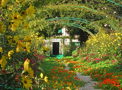 French Garden (Anna Sikorskiy) Tags: flowers autumn sunset stilllife sunlight house abstract france nature colors beauty lines canon garden painting season landscape countryside colorful europe artistic fineart atmosphere naturallight landmark monet normandy canonpowershots90