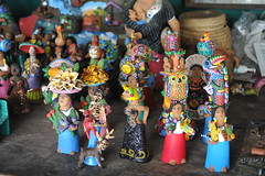 Oaxacan Pottery Aguilar Mexico (Ilhuicamina) Tags: ceramics folkart crafts artesanias mexican aguilar pottery ocotlan