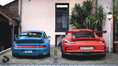 Generations. (DENNISVDMEIJS Photography) Tags: 2016 nikon d7000 70300vr porsche 911 993 carrera rs carrerars porsche911 911993 porsche911carrerars porsche993carrerars i6 blauw blue gt3 911gt3 gt3rs 991 911991 porsche911gt3 porsche911gt3rs oranje orange turquoise scuderiahanseat duitsland germany nrburg circuit nrburgring nordschleife automotive car cars sport sportcar sportcars supercar supercars trackcar trackcars racecar autoracing ringtool lightweight racer rennsport flatsix rollcage slicks semislicks downforce carbon carbonfiber classic classiccar legend icon motorsport racing photography photoshop summer dennis meijs dennisvdmeijs wwwdennisvdmeijsnl