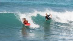 Boogie Boarding at Waikiki Beach (Oliver Leveritt) Tags: nikond7100 afsdxvrnikkor18200mmf3556gifed oliverleverittphotography hawaii oahu waikiki waikikibeach boogieboard surf wave ocean