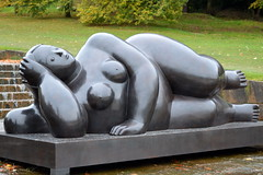 Lady lying down (Tony Worrall) Tags: palace royal seat duke place sculpture statue art view event show exhibition location chatsworthhouse gardens items photos derbys derbyshire devonshire uk england english iconic scene pretty nice beauty sale beyondlimits sothebysbeyondlimits beyondlimitschatsworth2016 naked nude woman lady bare flesh rude barelady relax arty nudewoman nakedlady