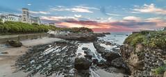 pano biarritz (PedroSolitario) Tags: biarritz playa beach sunset ocaso panorama panoramica sol catedral puerto harbour france vasque