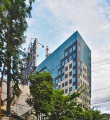 Graha Pacific (BxHxTxCx (using album)) Tags: surabaya building gedung architecture arsitektur office kantor