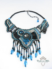 blue necklace (Puntá con Hilo) Tags: necklace beadwork