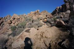 two hikers (rovingmagpie) Tags: california joshuatreenationalpark joshuatree mastodonmountainloop mastodonmountain shadowselfie shadow kani desertforests df2016