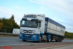 Mercedes Benz Actros 'Grays Farms' reg LD60 FUR (erfmike51) Tags: mercedesbenzactros artic truck lorry graysfarms