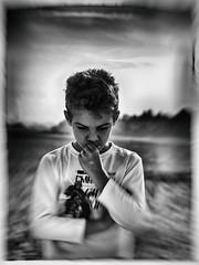 Las dudas / Dubbi / Doutes / The doubts (Intibilim) Tags: duda blanco y negro pensamiento actitud seguridad pensar doubt black white thought attitude security think doute noir et blanc pensée sécurité penser dubbio bianco e nero pensiero atteggiamento sicurezza pensare