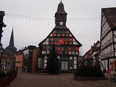 Uslar (ute_hartmann) Tags: adventskalender rathaus uslar