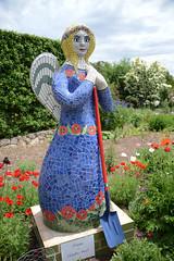 Sunnymeade 1 (PhotosbyDi) Tags: sunnymeade strathbogie victoria garden opengarden statue mosaic outdoors nikond600 nikonf355628300mmlens poppy gardenangel