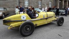 Marmon (Thethe35400) Tags: auto car cotxe coche automobile voiture carro bíll bil yellow gelb amarillo giallo amarelo jaune samochód carr