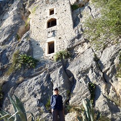 15th century hermitage in cliff face (ashabot) Tags: rock mediterranean outdoor croatia cave hermitage renaissance adriaticsea antiquities cavedwelling splitcroatia adraitic marjanpark stonedwellings