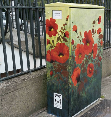 POPPY CORNER BY DONNA MC GEE [Fitzwilliam Street - Merrion Square South] REF-10805496