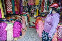 Versace (kuuan) Tags: color shop vietnam clothes mf material saigon manualfocus a7 voigtlnder hcmc 25mm skopar sonya7 f425mm voigtlndersnapshotskoparf425mm ilce7