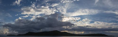 Nubes al atardecer To'opua