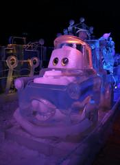 Frie de Glaces (Metz) (Carahiah) Tags: sculpture cars eau disney exposition metz glace sculpturesurglace glac personnage transparents jeudelumire feriedesglaces