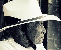 No hay que llegar primero, hay que saber llegar (Raul Jaso) Tags: old portrait portraits mexico lumix retrato vieja retratos elder older oldwoman wrinkles ritratti ritratto wrinkle oldage peasants peasant vecchio viejas messico vecchia arrugas campesina contadina campesinas contadine fz150 messicane messicana panasonicfzseries panasonicfz150 rauljaso rauljasofotografia rauljasophotography