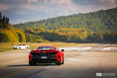McLaren 675 LT (Raphaël Belly Photography) Tags: rb raphaël french riviera south france luxury supercar supercars spotting car cars voiture automobile raphael belly canon eos 7d photographie photography saint tropez airport aéroport supercar1k mclaren laren 675lt 675 lt long tail red rouge rosso rossa delta
