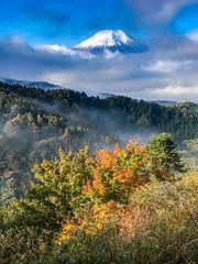 2016 Autumn Fuji (shinichiro*) Tags:    jp 20161103img5587 2016 crazyshin appleiphone7plus iphone fuji autumn november    oshino yamanashi japan snowcapped  mountains nature