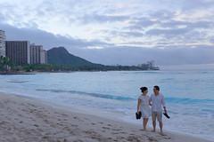 Couple Walking on Beach - Waikiki Hawaii (Wilson Hui) Tags: couple waikiki honolulu hawaii diamondhead beach walkonbeach honeymoon ocean water calm peaceful romantic blue waikikibeach longwalksonthebeach clouds cloudy asians chinesecouple chinesepeople sandy sandybeach usa unitedstates sandals flipflops