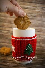 XmasCozyMug_05w (Morgana209) Tags: natale natale2016 christmas cozymug tazze uncinetto crochet feltro handmade fattoamano creativit rosso bianco lana stelle albero tree merenda colazione biscotti
