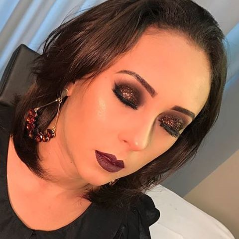 Minha modelo no curso top da @ligianeflorencio #makeupartist #makevator #zanphy #dailuspro #makeup #marykaybrasil #marykay #katvond #globo #desafiodabeleza #maquiadordasestrelas #revistacabelos #botaacaranosol #maquiagem #indicetokyo #meulook #modaparamen