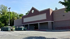 Former Office Depot (SchuminWeb) Tags: county building retail out office store md closed ben empty web may maryland baltimore vacant depot former build stores pikesville retailer 2015 retailers retailing buildout vacated schumin schuminweb