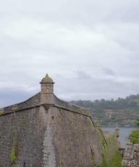 Alta vigilancia (carolinabouza) Tags: espaa de lumix san corua torre panasonic galicia antigua felipe castillo antiguo atalaya ferrol piedra vigilancia vigilar a gm1