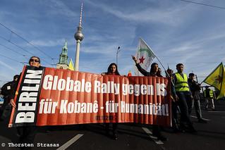 Kurden demonstrieren in Berlin für Kobane und gegen Recep Erdogan