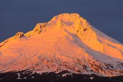 Mt Hood (Tarun Kotz) Tags: sunset orange glow mthood alpenglow trilliumlake d7100