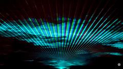 (Emma Gards) Tags: nikon ciel lumiere laser rayon nuit brouillard couleur mystique ligne abstrait raie surnaturel faisceau