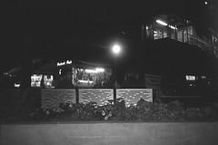 43610035 (kyrieelizabeth) Tags: nyc streetphotography staybrokeshootfilm 35mm olympusxa film filmisnotdead noiretblanc newyorkcity brooklyn blackwhite blackandwhite