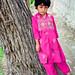 Shy girl posing to my camera, Gilgit, Pakistan パキスタン、ギルギット 緊張してカメラに向かう少女