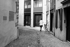 sales girl (gato-gato-gato) Tags: 35mm leica leicam6 leicasummiluxm35mmf14 m6 messsucher monochrom schweiz strasse street streetphotographer streetphotography streettogs suisse svizzera switzerland wetzlar zueri zuerich zurigo analog analogphotography believeinfilm black classic film filmisnotdead filmphotography flickr gatogatogato gatogatogatoch homedeveloped manual rangefinder streetphoto streetpic tobiasgaulkech white wwwgatogatogatoch ilford leicasummilux35mmf14asph aspherical summilux zrich ch leicammonochrom mmonochrom manualfocus manuellerfokus manualmode leicamp mp schwarz weiss bw blanco negro monochrome blanc noir strase onthestreets mensch person human pedestrian fussgnger fusgnger passant