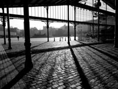 La Villette In Winter (Clothaire Legnidu) Tags: fuji x20 paris villette lavillette nb bw bn noiretblanc midi noon ombres shadows contrejour