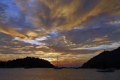 IMG_7353oa (www.linvoyage.com) Tags: yachting sunset sky небо лето яхта море океан лангкави природа langkawi яхтинг арендаяхты cloud sail trip путешествия travel закат summer