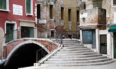 Bridge (shpongleri) Tags: venecija venezia bridge most ruins street canal