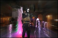 Soldato con fontana (cicciobaudo) Tags: zombiewalk codigoro soldato cosplay
