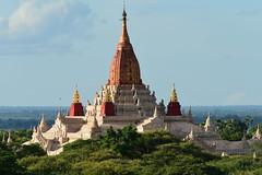 Ananda Paya, Bagan, Myanmar D810 2047 (tango-) Tags: burma myanmar pagan bagn birmania  anandatemple   anandapagoda