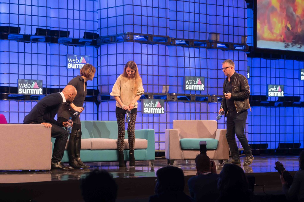 THE WEB SUMMIT DAY TWO [ IMAGES AT RANDOM ]-109851