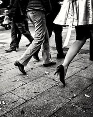 Synchro (mikku76) Tags: blackandwhite blancoynegro women noiretblanc femme leg streetphotography step pas biancoenero jame photoderue fotografiadistrada samsunggalaxys4