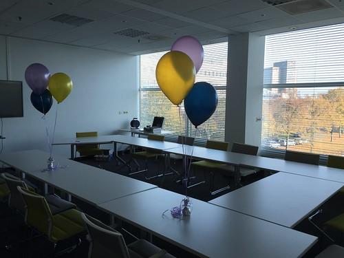 Tafeldecoratie 3ballonnen Novotel Brainpark Rotterdam