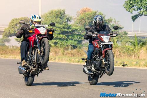 Suzuki-Gixxer-vs-Honda-CB-Hornet-160R-17