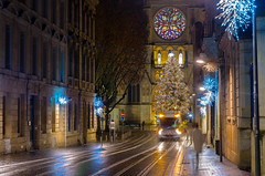 Rue Vital Carles (Eric-38) Tags: christmas tree night lights bordeaux cathdrale nol nuit arbre sapin lumires dcorations guirlandes frie
