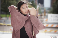 katana ready (Studio.R) Tags: asian asianwoman a6300 sonya6300 sonyphoto sony85mmgm portrait photography streetphotography kimono hmong